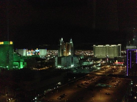 Signature at MGM Grand: Night view of the Strip