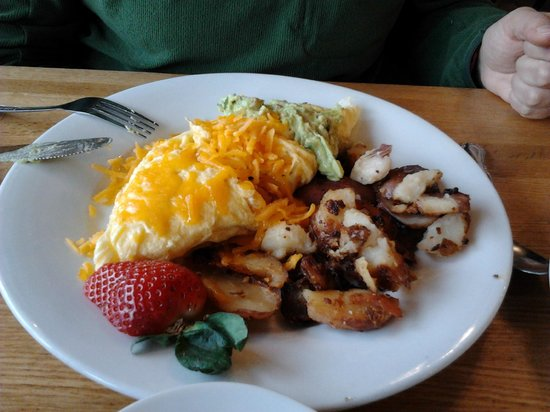 Sunflower Bakery and Cafe: Shrimp omelet