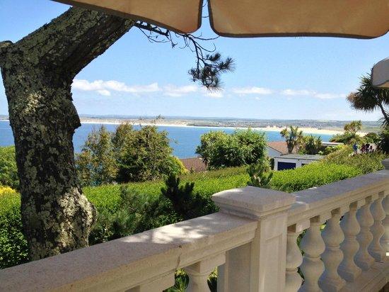 Blue Hayes Hotel: Breakfast on the terrace
