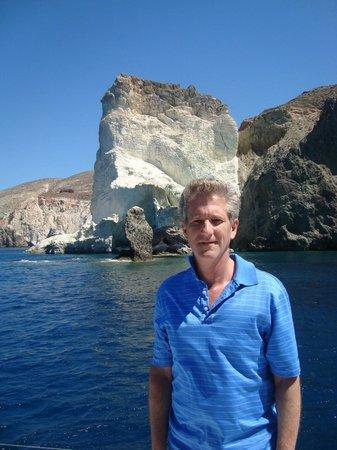 Spiridakos Sailing Cruises: The beautiful white cliffs