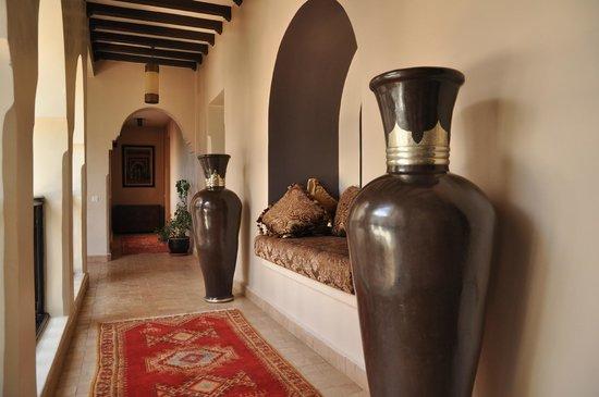 Riad Al Mendili Kasbah : Corridor