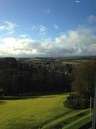Doubletree by Hilton, Dunblane-Hydro: Sunny view
