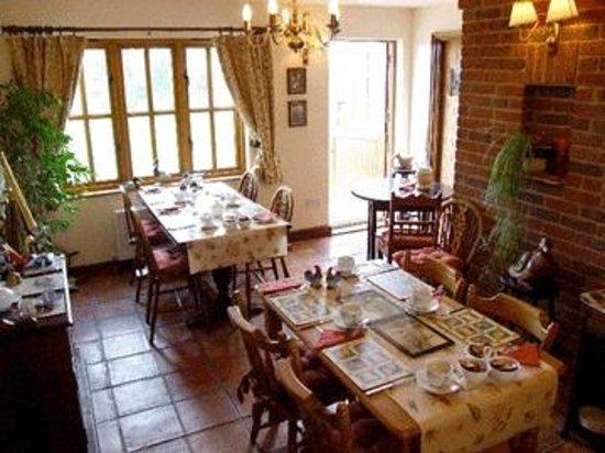Waterside Guest House: Breakfast / Dining Room