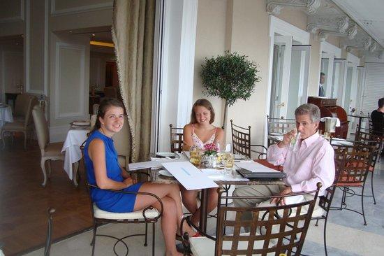 Tudor Hall: our beautifull terrace table