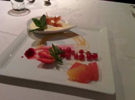 Naboen: Dessert - a pot du creme
