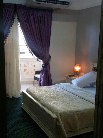 Alexander The Great Motazah Hotel : Doble room