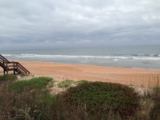 Island Cottage Oceanfront Inn & Spa - Flagler Beach : Private beach