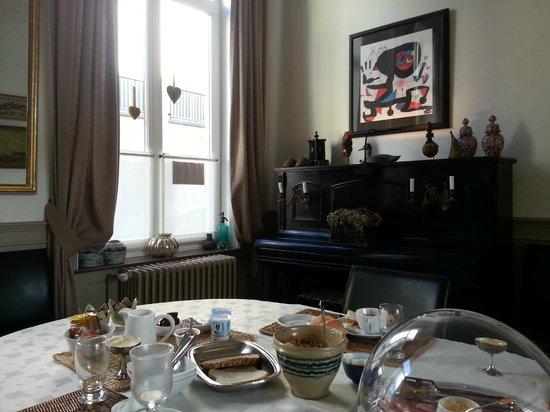 Koen & Annemiene Dieltens : Table du petit déjeuner.