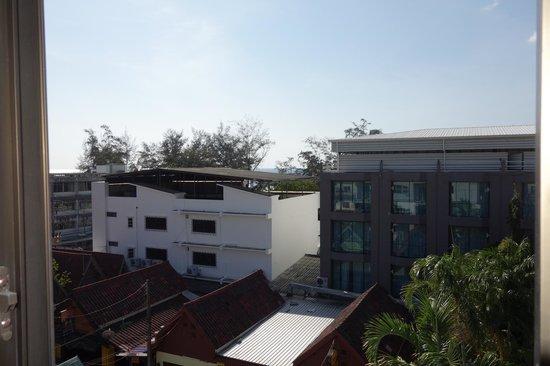 Paradise Inn Phuket: vue de la terrasse