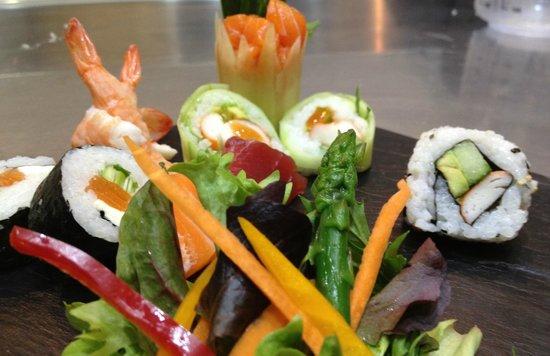 Fuji Sushi: canisu
