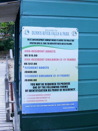 Dunn's River Falls and Park: Fee's for people without tours