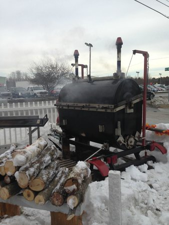 JimEddie's: Something goods cooking in the smoker!