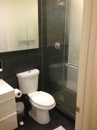 Riviere South Beach Hotel: Banheiro