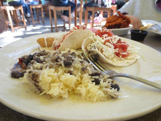 Black Marlin Bayside Grill : FIsh Tacos