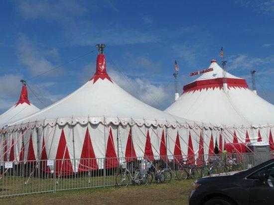 Circus Sarasota: Outside the Big Top