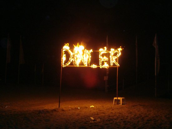 Dinler Hotels - Alanya: The beach party