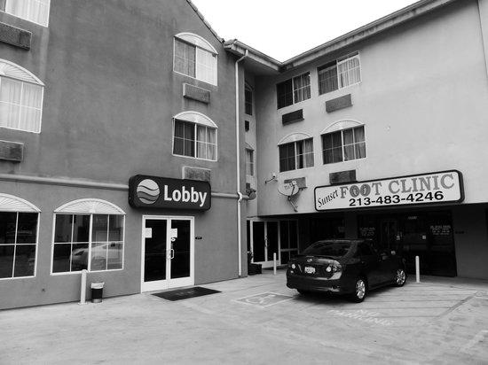 Comfort Inn - Los Angeles / West Sunset Blvd.: Main entrance