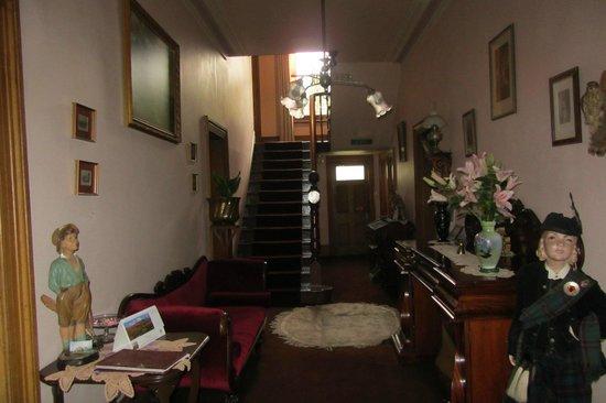 Tynwald Willow Bend Estate : Reception