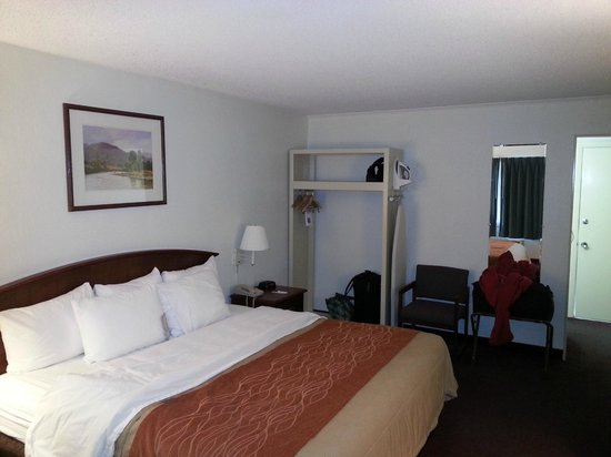 Rodeway Inn & Suites On The River : .