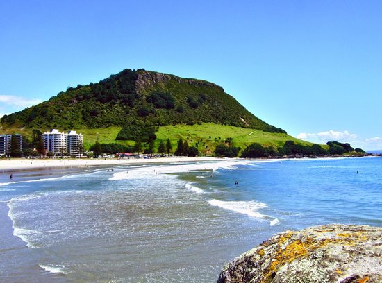‪Mt Maunganui Main Beach‬