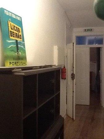 Lisbon Chillout Hostel : Pasillo Tercera Planta