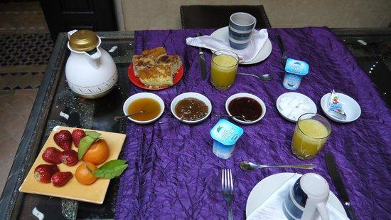 Riad Princesse du Desert : Breakfast