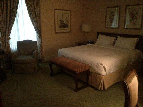 Hyatt at The Bellevue : King Room