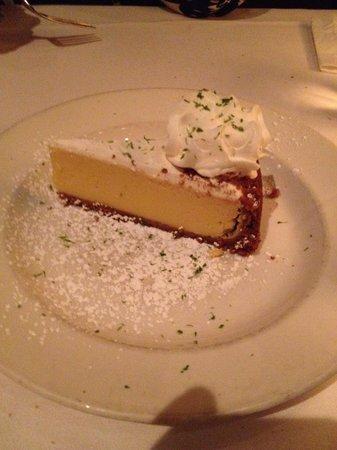 Sullivan's Steakhouse - Baltimore: Key lime pie