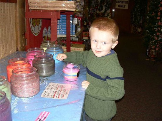 Make A Candle - Picture of Pocono Candle, East Stroudsburg ...