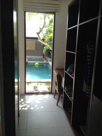 Chandra Luxury Villas Bali : View through walk-in-robe to pool