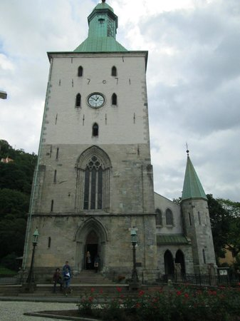 Domkirken (Bergen Cathedral) : 大聖堂の正面
