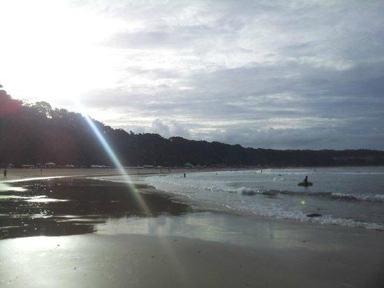 Dolphins Bay : Praia Golfinhos