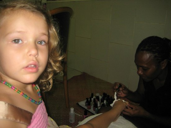 Volcanic Earth Healing Centre Spa: Childrens Pedicure