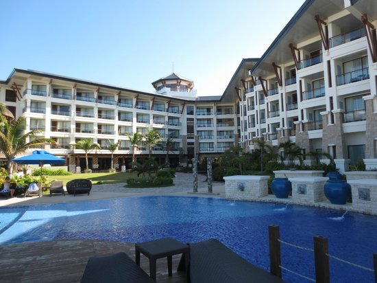 The Bellevue Resort Bohol: The 'V' shape of the Bellevue with the pool in the foreground