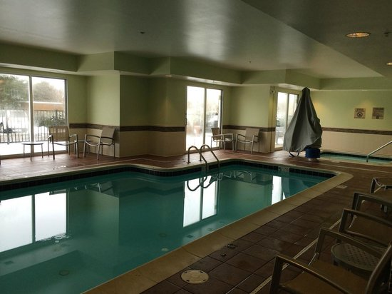 SpringHill Suites Columbus Airport Gahanna: Pool Area
