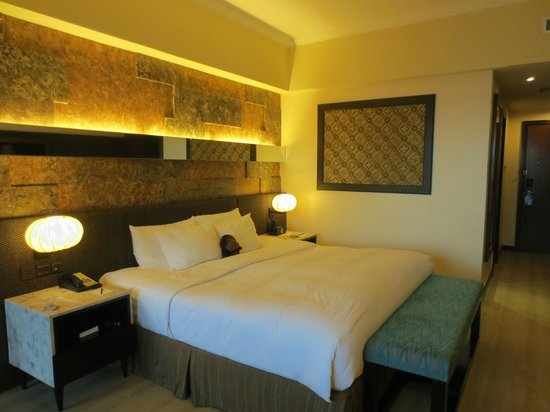 The Bellevue Resort Bohol: Our deluxe room