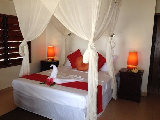 CoCo Beach Resort: beutiful room
