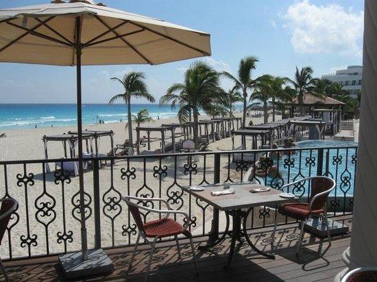 Hyatt Zilara Cancun : Gorgeous pool area