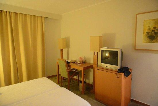 Hotel do Colegio: Small TV