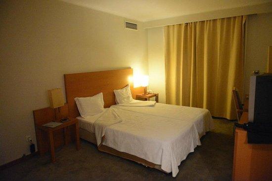 Hotel do Colegio: Rather bare room