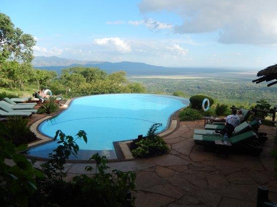 Lake Manyara Serena Lodge: Pool at Sunset