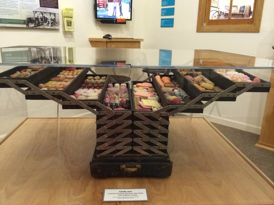 Tread of Pioneers Museum: Lots of great exhibits, like traveling candy salesman cases!