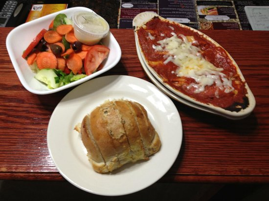 84 court St Pizza and Restaurante: Stuffed Shells