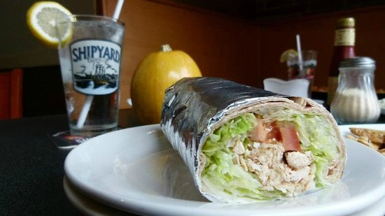 84 court St Pizza and Restaurante: Wraps