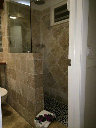 Grand Case Beach Club: Shower space