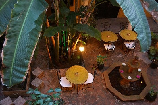 Riad Soleil d'Orient : Central courtyard