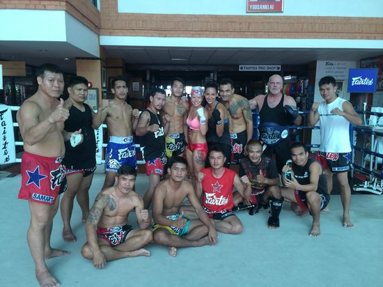 Fairtex Sports Club Hotel: Muay Thai Boxing Coaches and Fighters