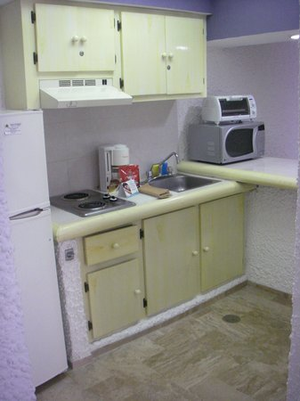 El Cid El Moro Beach Hotel: basic kitchen facilities