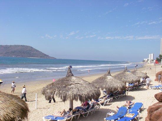El Cid El Moro Beach Hotel: beach area