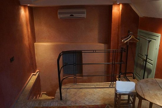 Riad Misria & SPA : Stairs to 2nd Bedroom